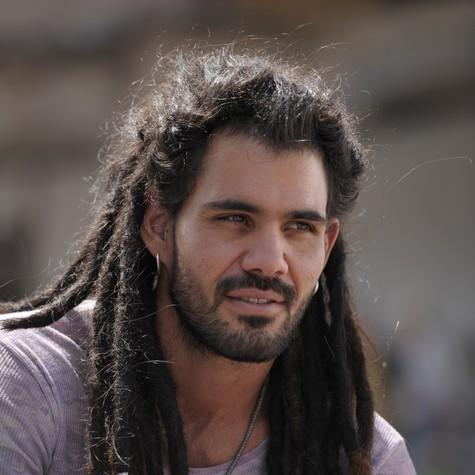 Juliano Cazarré em cena como Ninho (Foto: Estevam Avellar/ TV Globo)