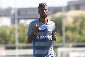 Léo Moura em treino do Grêmio  (Foto: Lucas Uebel / Grêmio, DVG)