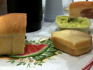 Encomendas de pães tem aumentado, segundo empreendedoras (Foto: Reprodução/ TV Gazeta)