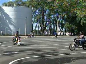 Escola para motos