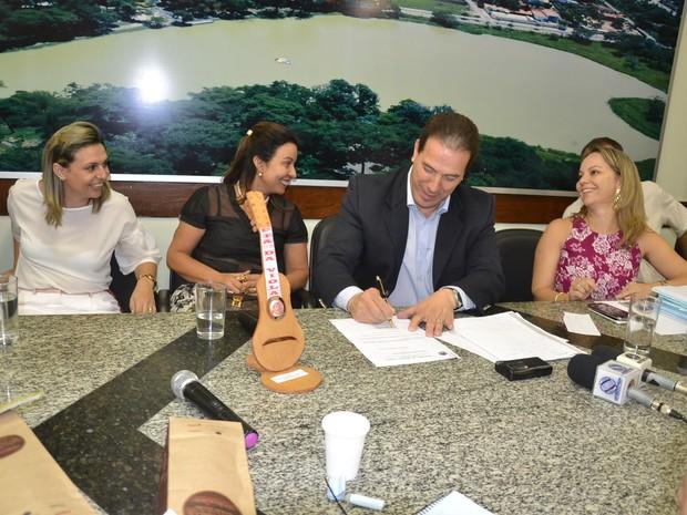 Anúncios foram feitos durante coletiva de imprensa (Foto: Wilson Medeiros / Secom)