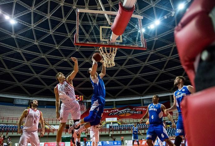 Basquete Cearense x Pinheiros NBB Paulo Sarasate (Foto: Stephan Eilert/Divulgação)