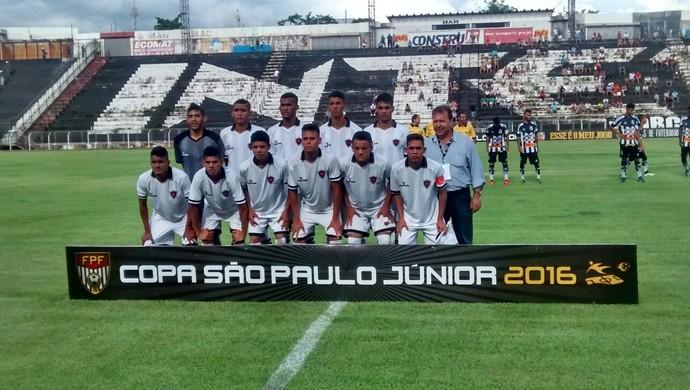 Time do Botafogo-PB no jogo contra a Inter-SP na Copa SP (Foto: Divulgação/Stefano Wanderley)