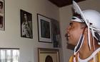 Chambinho visita museu do Rei do Baião (Luna Markman / G1)