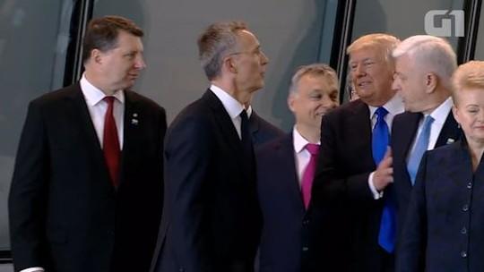 Assista: Donald Trump 'empurra' premiê de Montenegro durante encontro da Otan