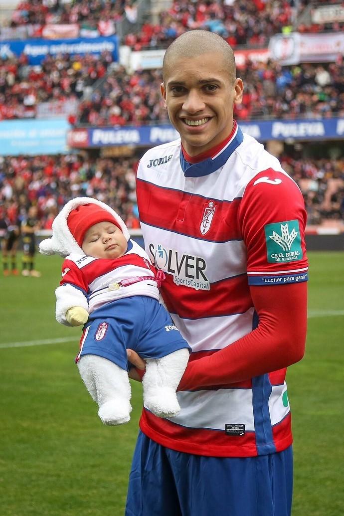 BLOG: Deu sorte! Doria entra em campo com filha de dois meses em vitória do Granada
