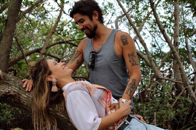 Juliana Didone comemora gravidez com Flávio Rossi (Foto: Divulgação)