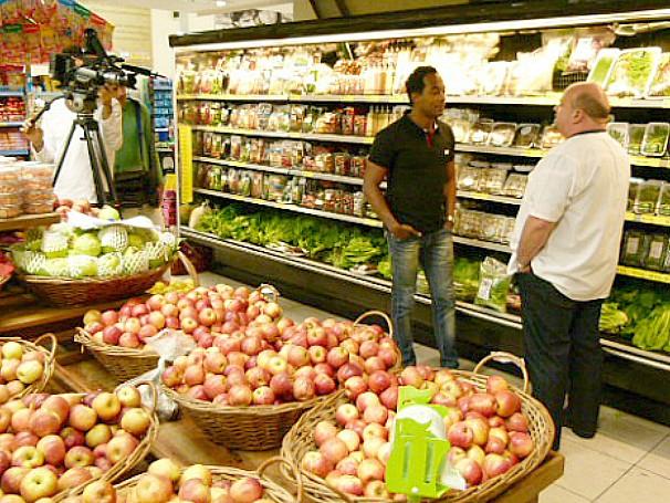 Globo Ciência sobre segurança alimentar: Alexandre Henderson e Éber Antônio Alves Medeiros (Foto: Divulgação)