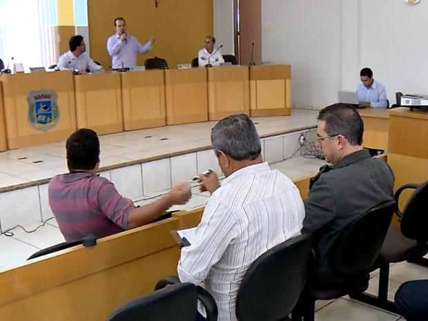 Representantes se reúnem para discutir queda de FPM no Sul de Minas (Foto: Reprodução EPTV)