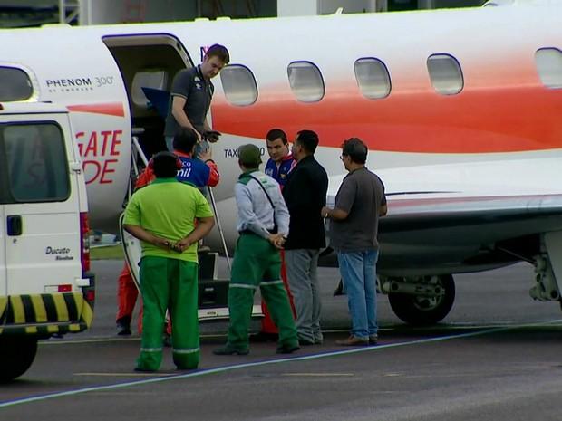 Avião pousou em Manaus por volta das 17h30 (Foto: Reprodução/TV Globo)