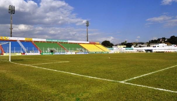 Estádio Doutor Ronaldo Junqueira será palco da disputa entre Caldense e Corinthians (Foto: Reprodução TV Fronteira)
