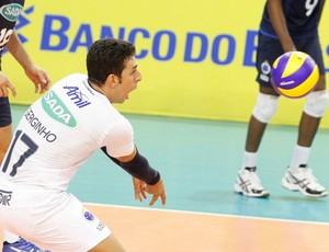 Serginho Cruzeiro vôlei (Foto: Washington Alves / VIPCOMM)
