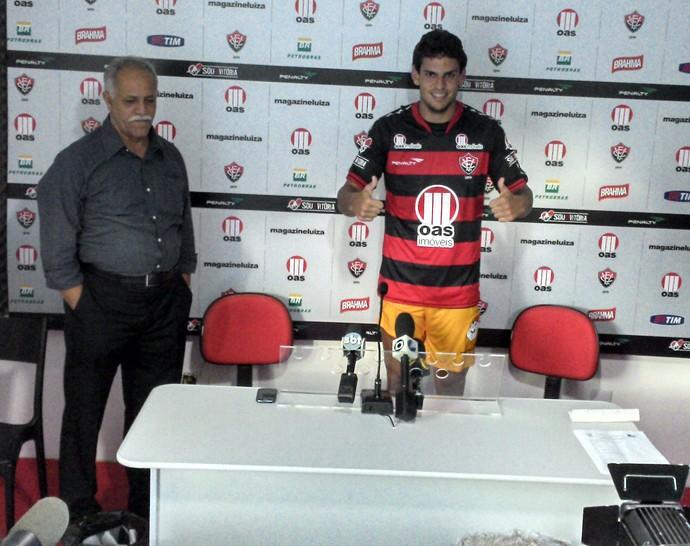 fabricio, zagueiro do vitoria (Foto: Eric Luis Carvalho/Globoesporte.com)