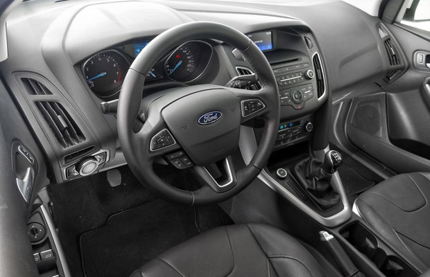 Interior do Ford Focus 1.6 SE Plus (Foto: Leo Sposito / Autoesporte)