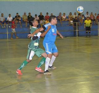 Independente e Airton/Casarão (Foto: Nailson Wapichana/GloboEsporte.com)