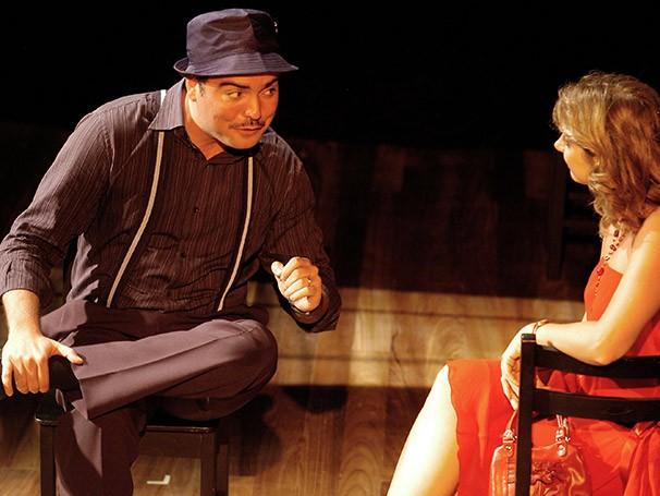 Saulo Rodrigues em cena de 'Últimos Remorsos Antes do Esquecimento' (Foto: Divulgação)