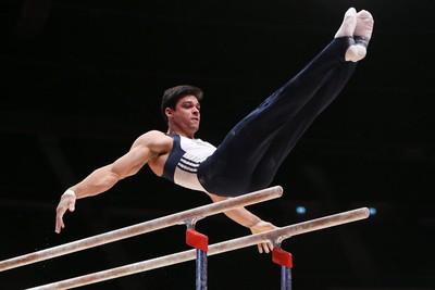 Francisco Barreto Chico Barras Paralelas Ginástica Glasgow Mundial (Foto: Ricardo Bufolin/CBG)