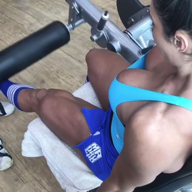 Gracyanne Barbosa e seus músculos bem definidos (Foto: Reprodução Instagram)