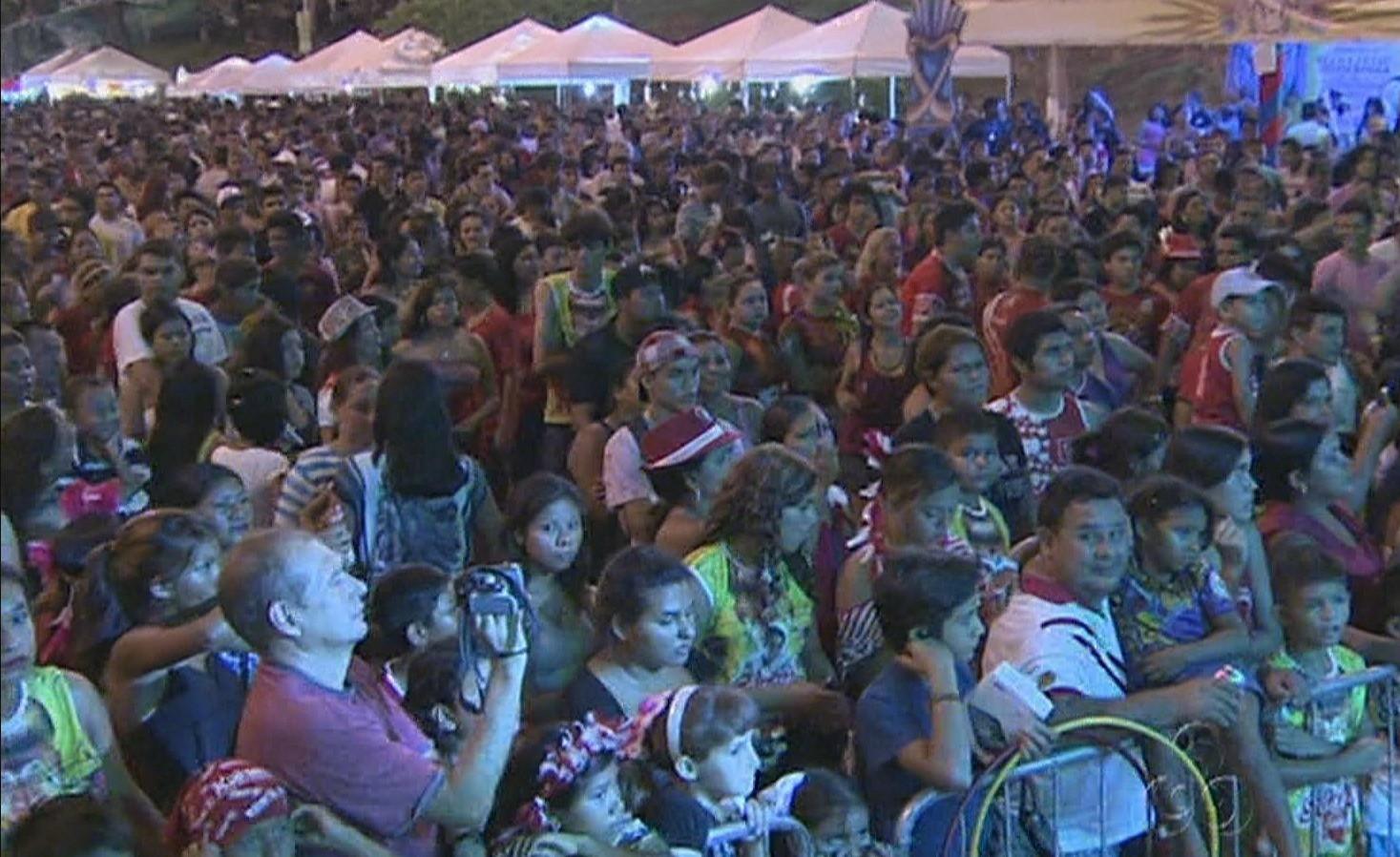 Público prestigiou a Feirinha do Turiri em Manaus (Foto: Amazônia TV)