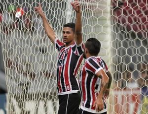Santa Cruz x Paysandu (Foto: Aldo Carneiro / Pernambuco Press)
