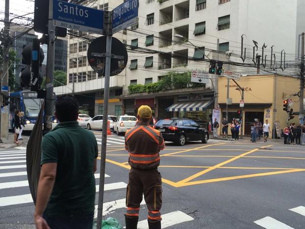 Mudança na Brigadeiro -  Avenida Brigadeiro Luís Antônio na esquina com a Alameda Santos (Foto: Lívia Machado/G1)