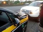 Motorista dirige 13 km na contramão e bate em viatura da PRF na Via Dutra