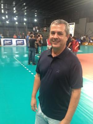 Celson de Castro, diretor de vôlei do Praia Clube (Foto: Gullit Castro)