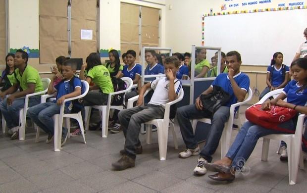 Em Boa Vista, estudantes participam de palestras educativas (Foto: Bom Dia Amazônia)