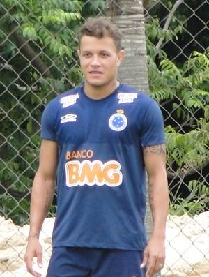everton, lateral do Cruzeiro (Foto: Tarcísio Badaró )