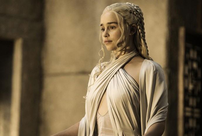 Emilia Clarke como Daenerys Targaryen na quinta temporada de 'Game of thrones'