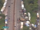 Caminhoneiros entram no 4º dia de protesto e interditam rodovias em MG