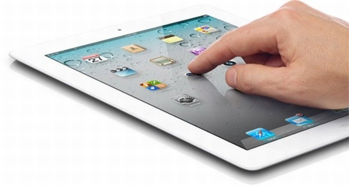 iPad 2 tem tela com resolução bastante inferior aos modelos recentes (Foto: Divulgação/Apple)