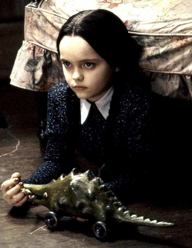 Christina Ricci aos 11 anos em 'A Família Addams', filme de 1991 (Foto: Reprodução)