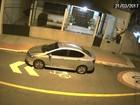 Vídeo mostra furto de câmera de segurança de casa em Vitória