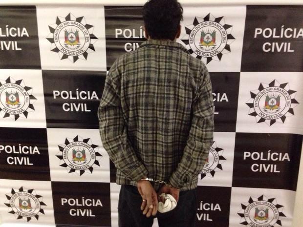 Homem disse ter bebido antes de atear fogo na casa de Patrícia (Foto: Paula Menezes/G1)
