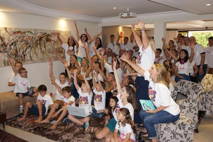 Familia de Rafa Gomes do The Voice Kids em Curitiba  (Foto: Arquivo pessoal)