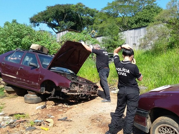 Operação contra desmanches ilegais fechou dois em Porto Alegre (Foto: Polícia Civil/Divulgação)