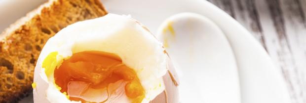 Nada como ovos para um café da manhã saudável e rico em proteínas (Foto: Think Stock)