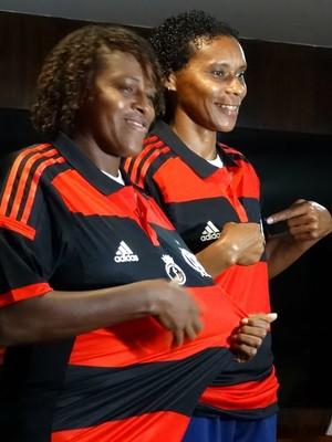 Maycon e Tânia Maranhão futebol feminino Flamengo (Foto: Jessica Mello / GloboEsporte.com)