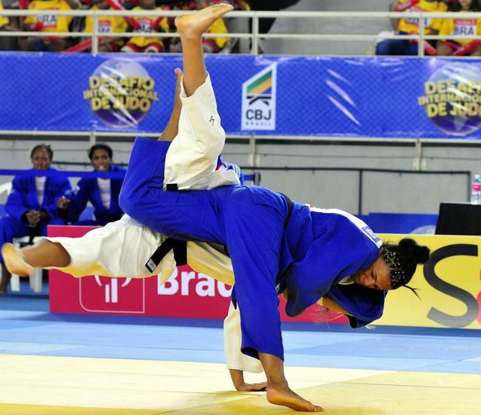 Desafio Internacional de Judô no Tancredão. Brasil venceu Cuba por 3 a 2 (Foto: Guilherme Ferrari/A Gazeta)