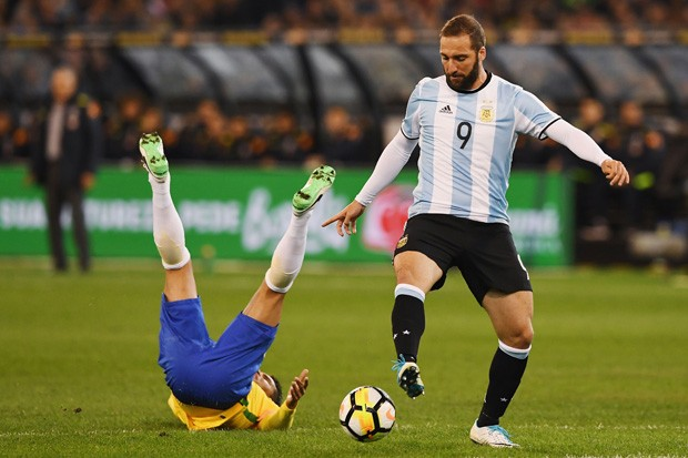 Brasil perde para a Argentina por 1 a 0 (Foto: Michael Dodge/Getty Images)