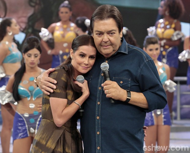 Deborah Secco no palco do Domingão (Foto: Felipe Monteiro/TV Globo)