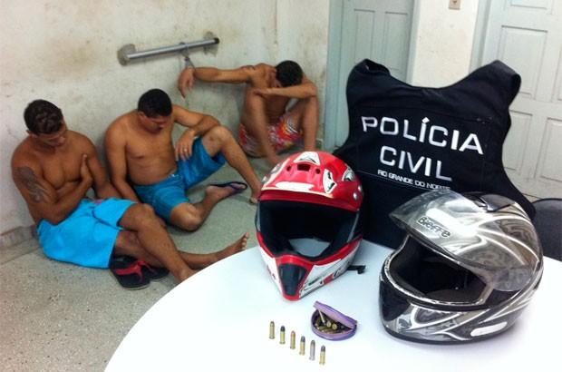 Presos em Macaíba são suspeitos de envolvimento em recentes crimes de homicídio  (Foto: Matheus Magalhães/G1)