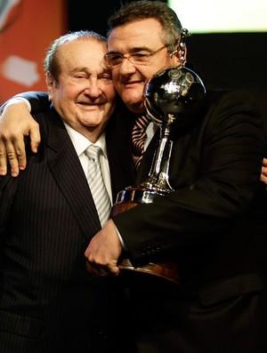 mario gobbi sorteio libertadores (Foto: Reuters)