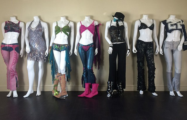 Coleção de figurinos de Britney Spears vai a leilão (Foto: Reprodução)