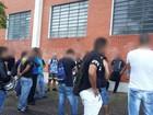 Funcionários de empresa de valores protestam após morte de vigilante