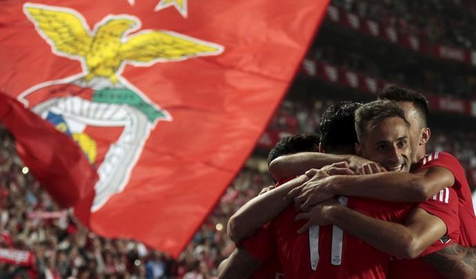 Jonas comemora gol Benfica (Foto: REUTERS/Hugo Correia)
