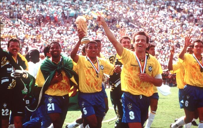 Copa do Mundo 1994 - Dunga (Foto  Agência AP ) 852b745543df0