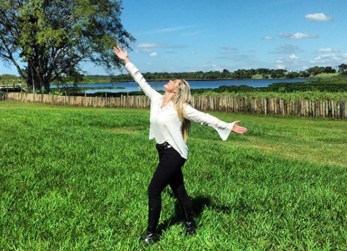 Ellen Rocche se diverte na temporada (Foto: Arquivo Pessoal)