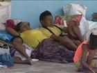 Milhares de venezuelanos fogem da crise e cruzam a fronteira para o Brasil